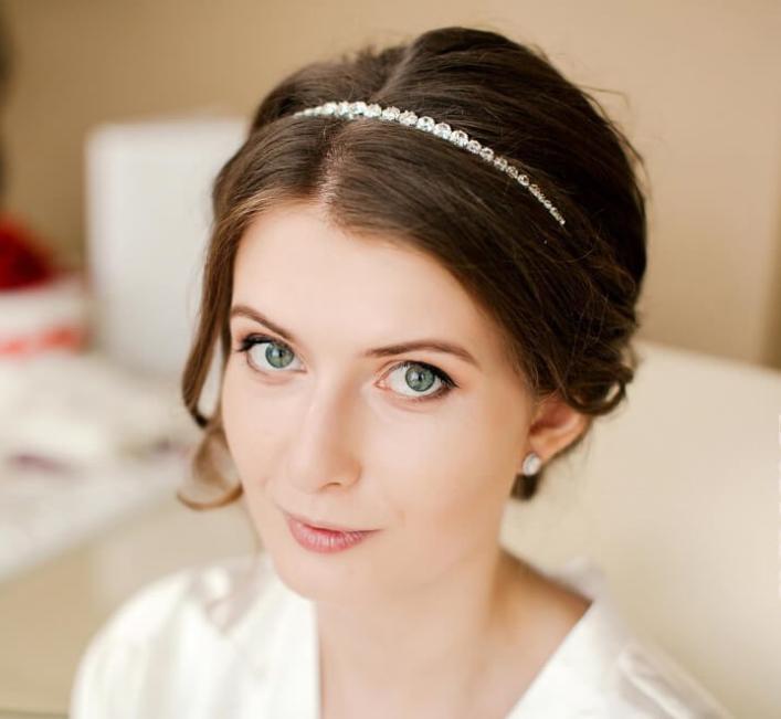 Свадебные прически на короткие волосы с ободками