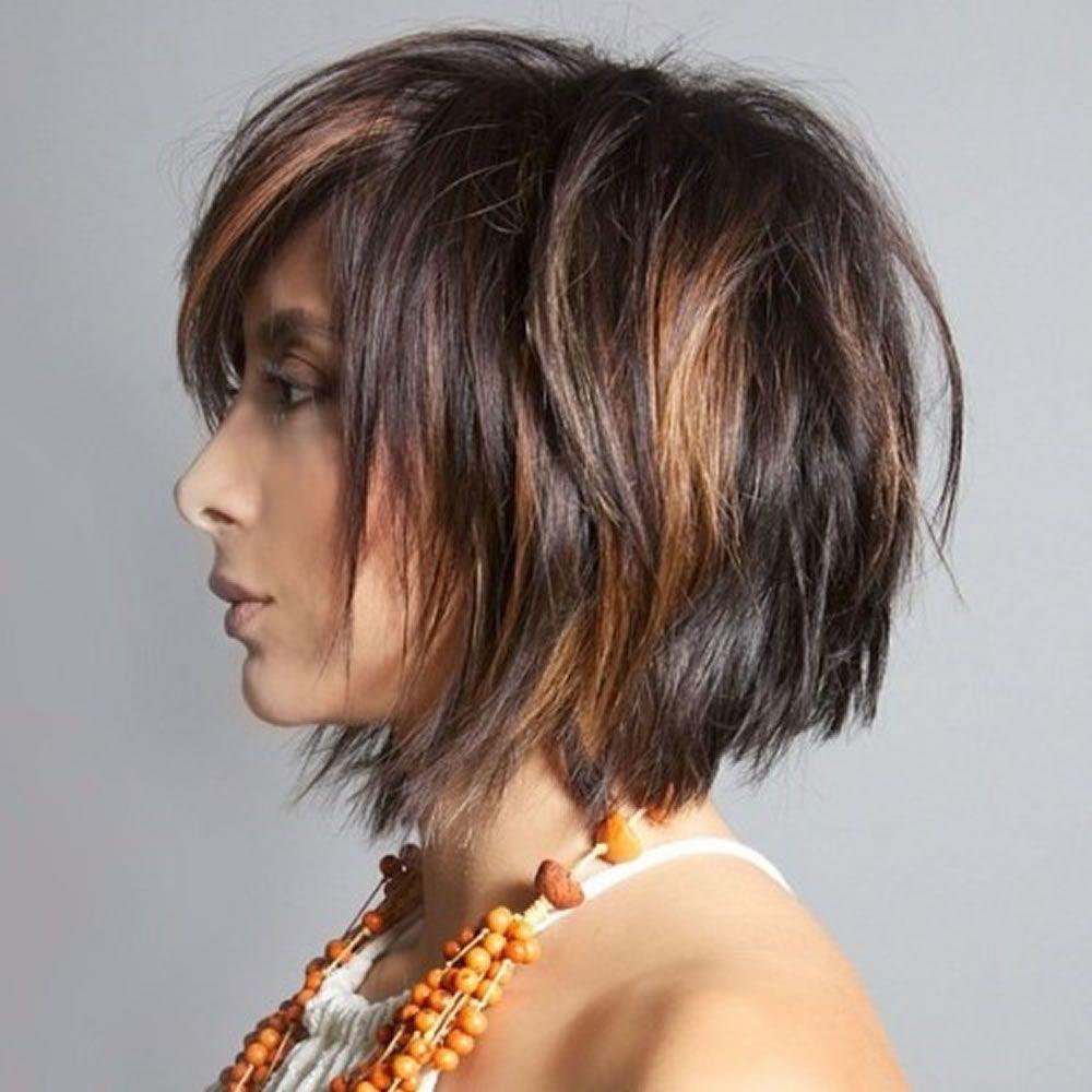 стрижка рваный боб на средние волосы